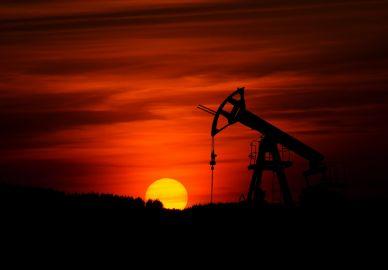 ¿Continuará la subida del precio del petróleo?